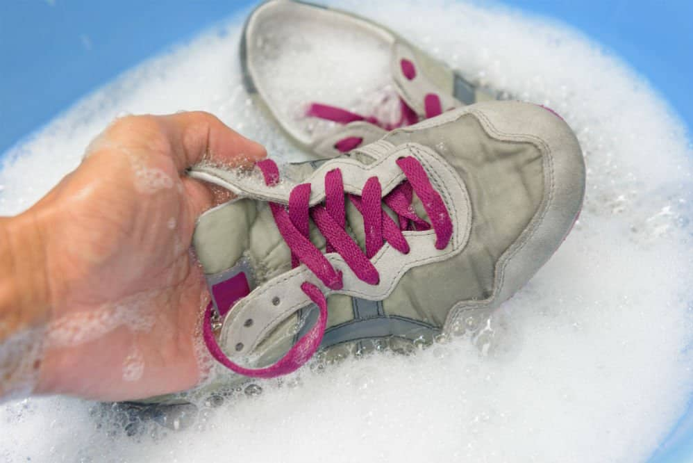 How to Clean Running Shoes to Keep You Going