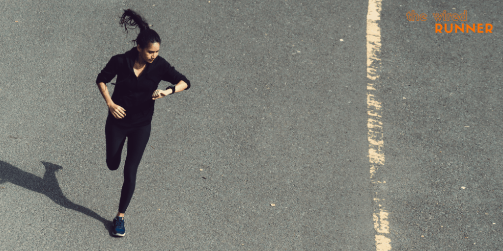 women on street doing fartlek workout